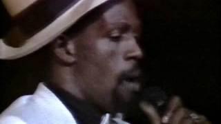 getlinkyoutube.com-Gregory Isaacs - Live At Brixton Academy, 1984 (FULL CONCERT)