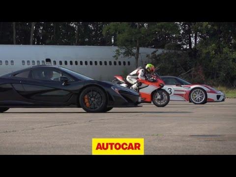 Ducati Superleggera desafia dois<br />Hipercarros h�bridos!