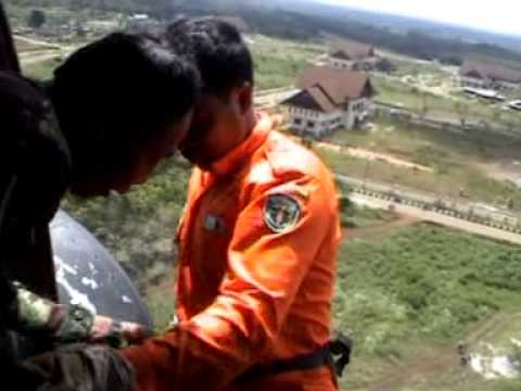 PASKHAS 466 TNI AU train  SAR Team Kutai Barat Melak,part4