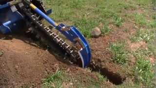 getlinkyoutube.com-Auger Torque MT900 Trencher on Kubota SVL75