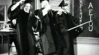 getlinkyoutube.com-The Three Stooges - Swingin' The Alphabet (1938).avi