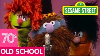 getlinkyoutube.com-Sesame Street: I Feel Proud Song