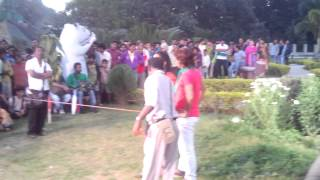 getlinkyoutube.com-Bhojpuri Song Suting At Patna Ecco Park