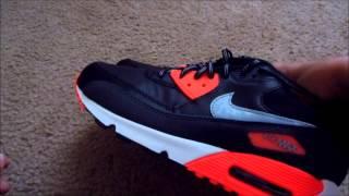 Nike air max 90 essential on feet