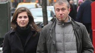 getlinkyoutube.com-Супруга Романа Абрамовича Даша Жукова беременна третьим ребенком
