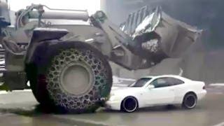 getlinkyoutube.com-Contractor did not pay employee, WRECKS CONTRACTORS CAR ! Mining truck