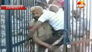 getlinkyoutube.com-Firing in Kapurthala Jail on MH1 NEWS CHANNEL Part - 3