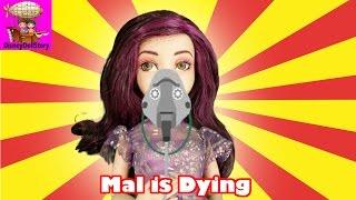 getlinkyoutube.com-Mal is Dying - Part 13 - Descendants Mal and Genie Magic Disney