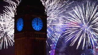 getlinkyoutube.com-London Fireworks 2016 - New Year's Eve Fireworks - BBC One