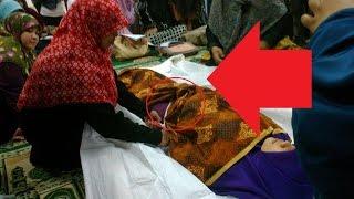 getlinkyoutube.com-Masyaallah !!! Tangan Pemandi Mayat ini Lekat di Kemaluan Jasad Pelacur - Kisah Tragis