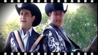 getlinkyoutube.com-Vole Muy Alto - Los Huracanes Del Norte (Video Oficial)