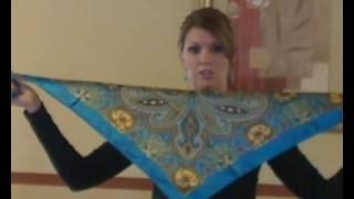 getlinkyoutube.com-Quick Scarf Tying: Silk Feel Square