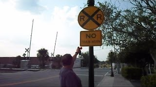 getlinkyoutube.com-No Train Horn Quiet Zone Show Your Support For The Horn