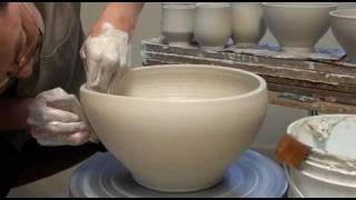getlinkyoutube.com-33. Throwing / Making a Large Porcelain Salad Bowl with Hsin-Chuen Lin