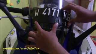 getlinkyoutube.com-Cara Memasang Plat Nomor Double Tape Foam Di Winshield Motor Sport
