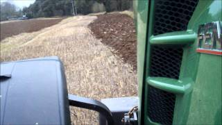 getlinkyoutube.com-Fendt 826 Ploughing 2012