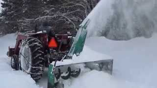 getlinkyoutube.com-Walco Snowblower on a MF 275