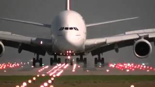 getlinkyoutube.com-هبوط واقلاع طائره الخطوط الاماراتيه  Landing and take-off plane lines EMIRATI a380