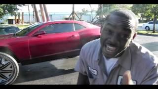 "getlinkyoutube.com-""Underground Rim King"" 1st Camaro On 32""s"