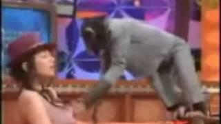 getlinkyoutube.com-monyet pegang susu cewek