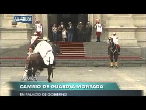 Marinera y Caballos de Paso en el Palacio de Gobierno del Per