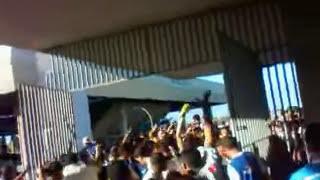 getlinkyoutube.com-Torcida do CSA tentando entrar no estádio no jogo CSA x Itabaiana 22/07/12