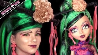 getlinkyoutube.com-Jinafire Long Monster High Doll Costume Makeup Tutorial for Cosplay or Halloween