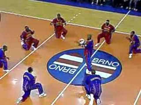 Videos Related To 'harlem Globetrotters'