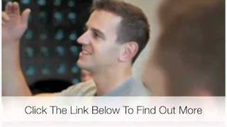 getlinkyoutube.com-Learn how to make a girl laugh