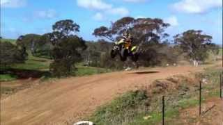 getlinkyoutube.com-Can-Am Renegade G2 800R -Mx Table Top Jump