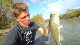 getlinkyoutube.com-Flipping Jigs Is SICK -- Colorado River Bass Fishing