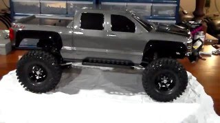 getlinkyoutube.com-Axial SCX10 2014 Chevy Slverado Custom