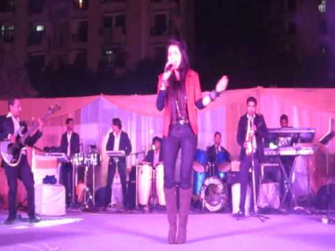 The feel of classic band with Gargie verma ( Jhoom jhoom jhoom baba )