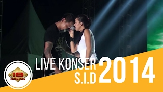 getlinkyoutube.com-Superman Is Dead feat. Brianna - Sunset Di Tanah Anarki (Konser Magelang 15 Oktober 2014)