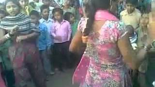 getlinkyoutube.com-Desi dance