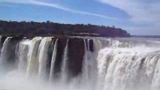 getlinkyoutube.com-Garganta del Diablo Cataratas del Iguazu Falls 2