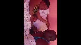 Futuhi Mke na Mume chumbani.