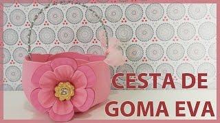 getlinkyoutube.com-Cesta o canasta de goma eva o foamy decorada con flor. Manualidades Fáciles. Dulcero.