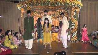 getlinkyoutube.com-Mehndi Dance Okara Part 3
