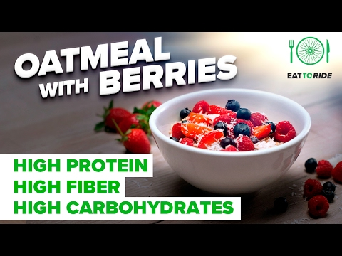 Eat to Ride: How to make Oatmeal with Berries