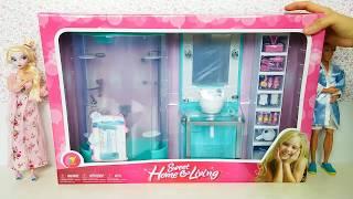 getlinkyoutube.com-Frozen Elsa Barbie Shower Bubble Bath in New Bathroomバービー人形新しいバスルームBoneca Elsa Barbie casa de banho