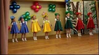 "getlinkyoutube.com-Танец ""Матрешечки"""