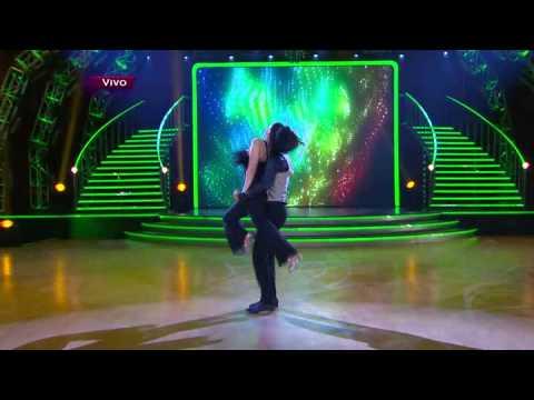 Ivonne Montero baila Dancing Queen