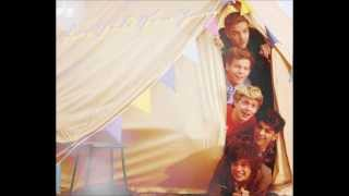 getlinkyoutube.com-ONE DIRECTION CUMBIAS =)
