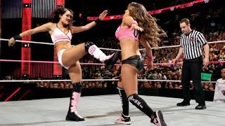 getlinkyoutube.com-WWE RAW 10.13.14 Brie Bella, Natalya & Naomi vs. Cameron, Nikki Bella & Summer Rae (720p)