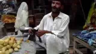 getlinkyoutube.com-Funny pakistani punjabi fruit vendor