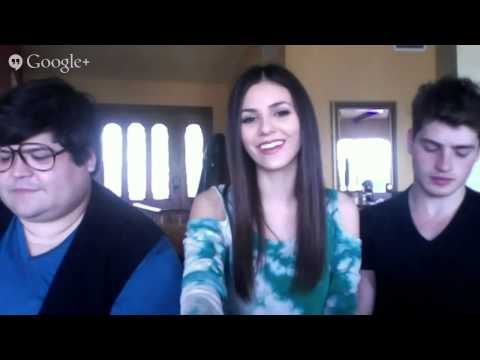 Victoria Justice - LIVE CHAT