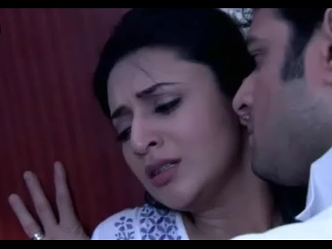 On Location Yeh Hai Mohabbatein Kissing Scene In Car