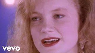 getlinkyoutube.com-Kelly Willis - I Don't Want To Love You (But I Do)