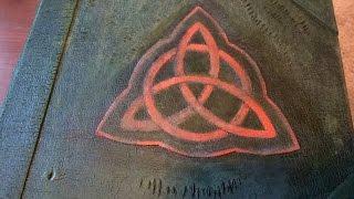 getlinkyoutube.com-Charmed Book of Shadows Replica